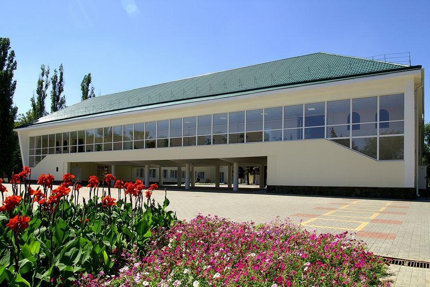Городской Дворец культуры Азова возобновил свою работу.