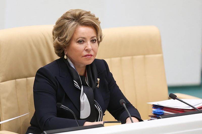 Матвиенко заявила о возможном снятии коронавирусных ограничений к осени