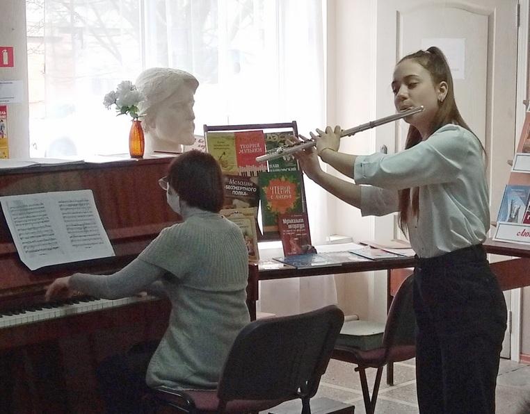 Дружат музыка и дети