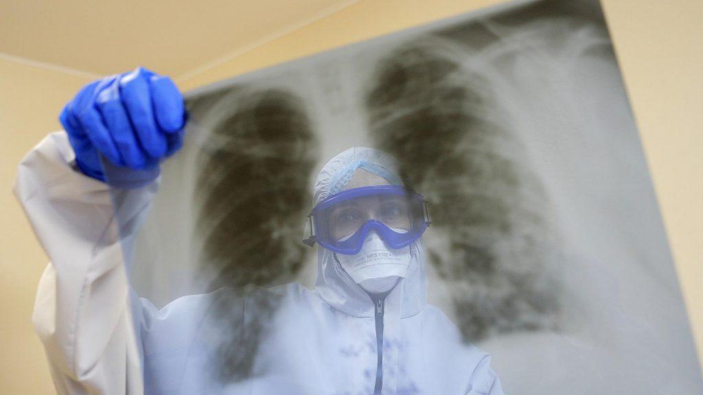 Ученые назвали новый способ проникновения коронавируса в организм