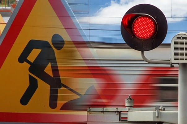 Движение через Пешковский переезд в Азове приостановят