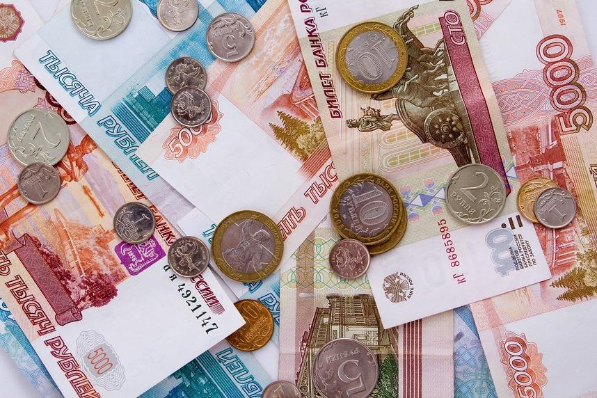 В мае зарплаты в Ростовской области вернулись на докризисный уровень