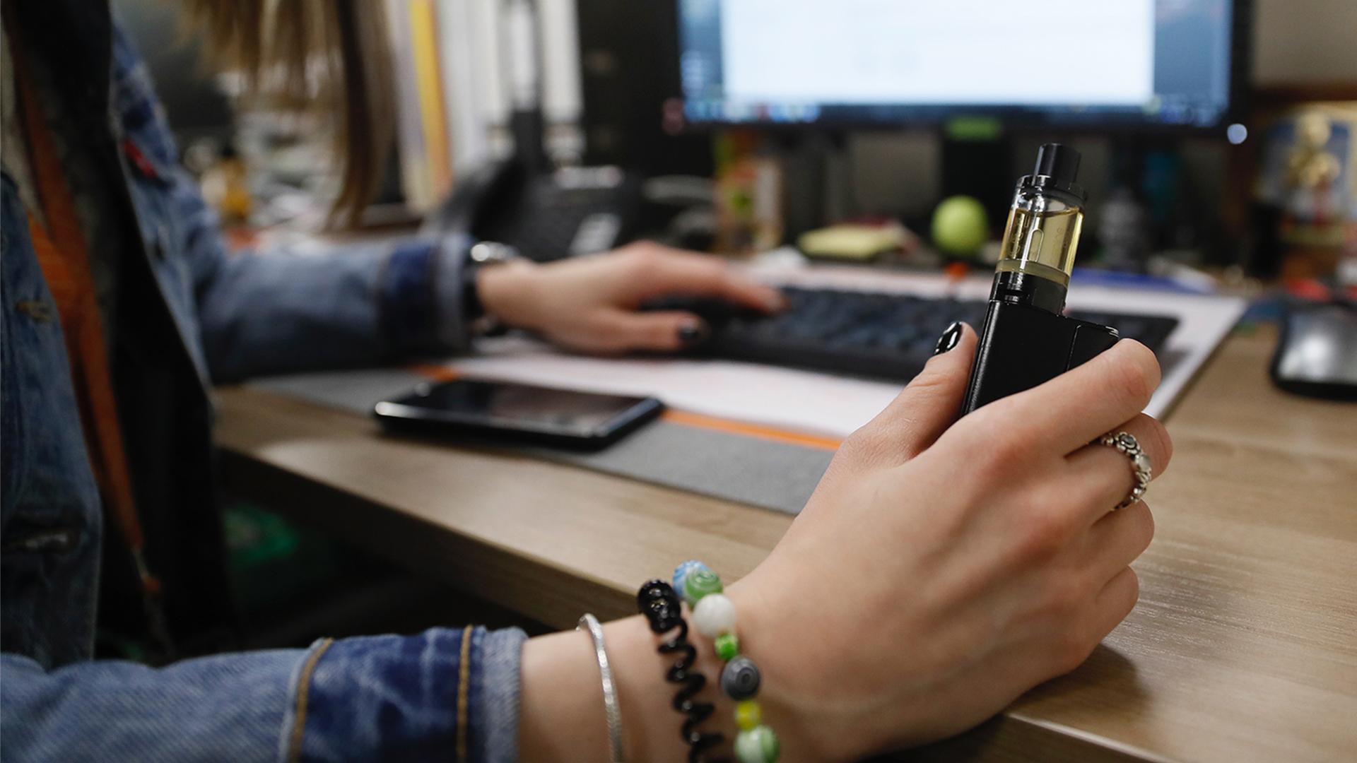 ВОЗ предложила ограничить продажу электронных сигарет