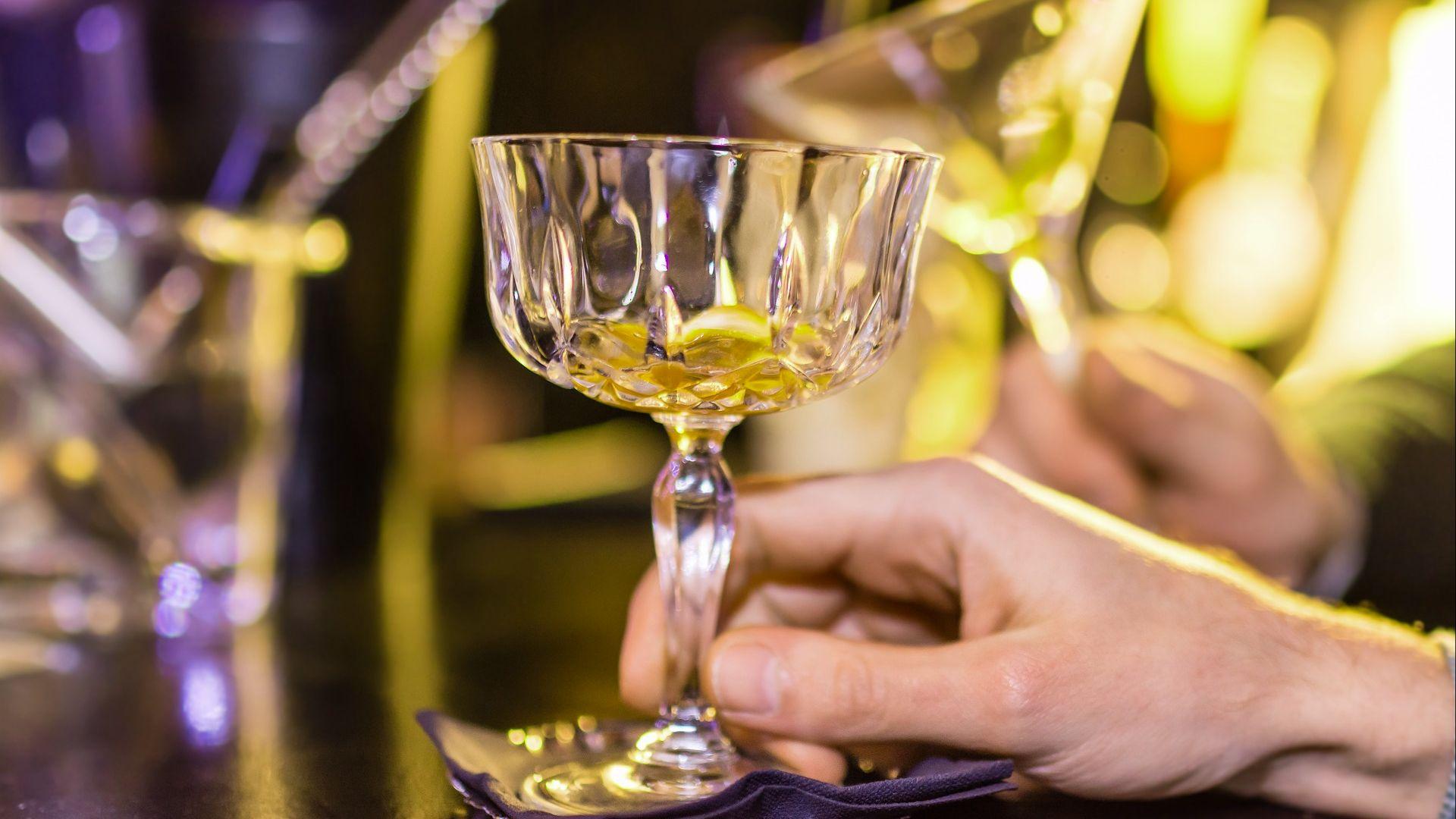 Ученые установили полезную для сердца дозу алкоголя