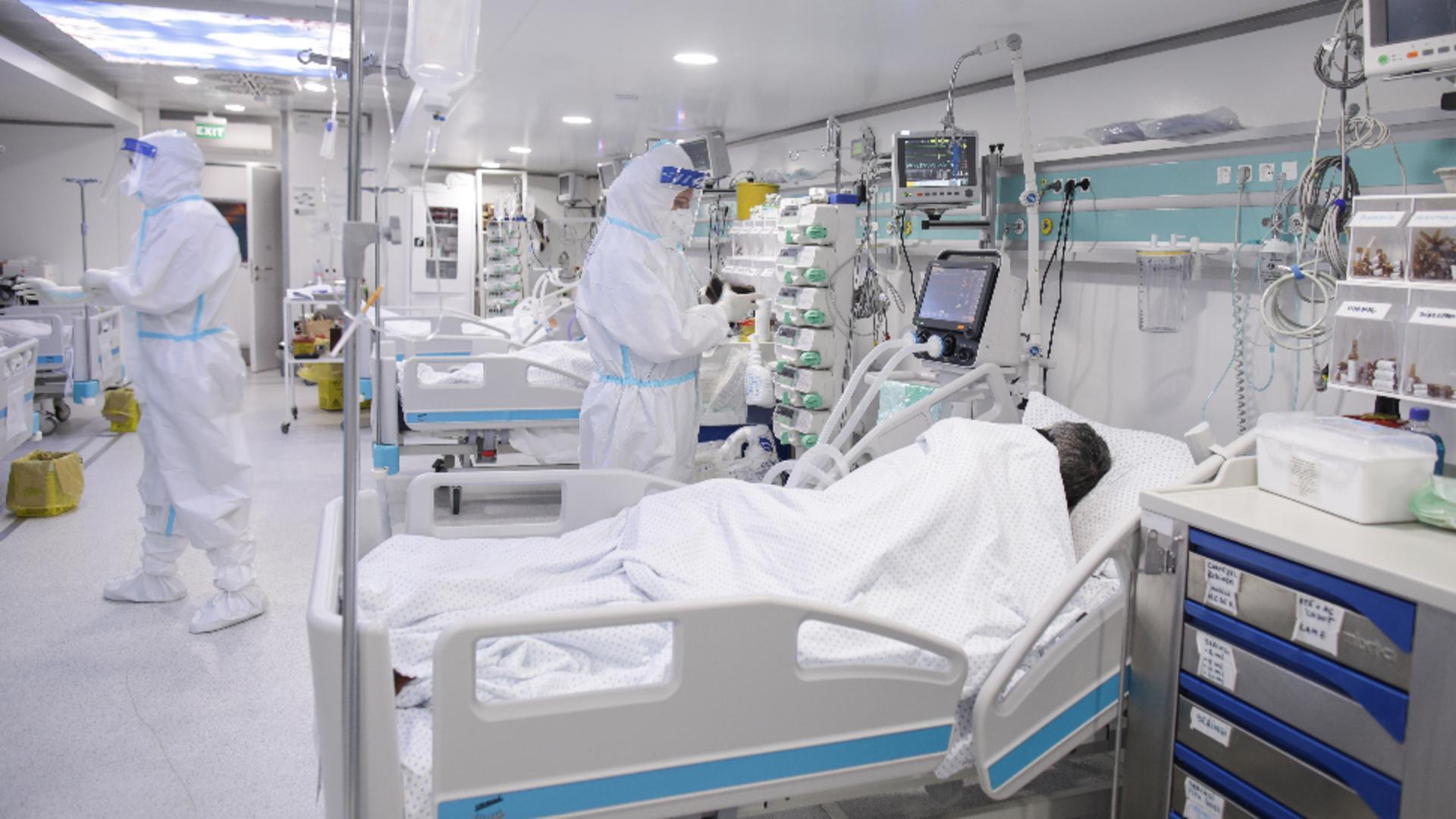 В Роспотребнадзоре описали течение болезни с несколькими штаммами COVID-19