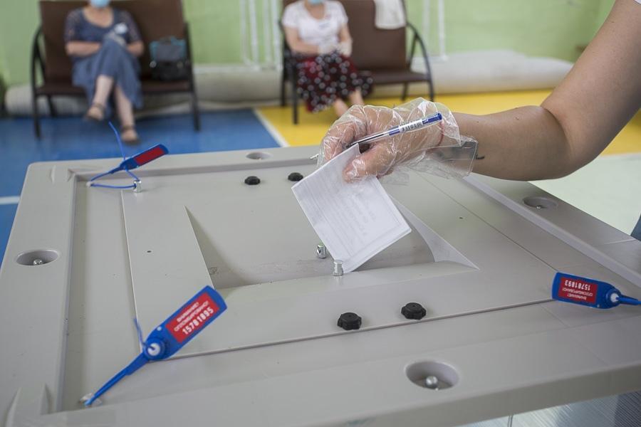 «Единая Россия» призвала все партии соблюдать антиковидные меры во время выборов