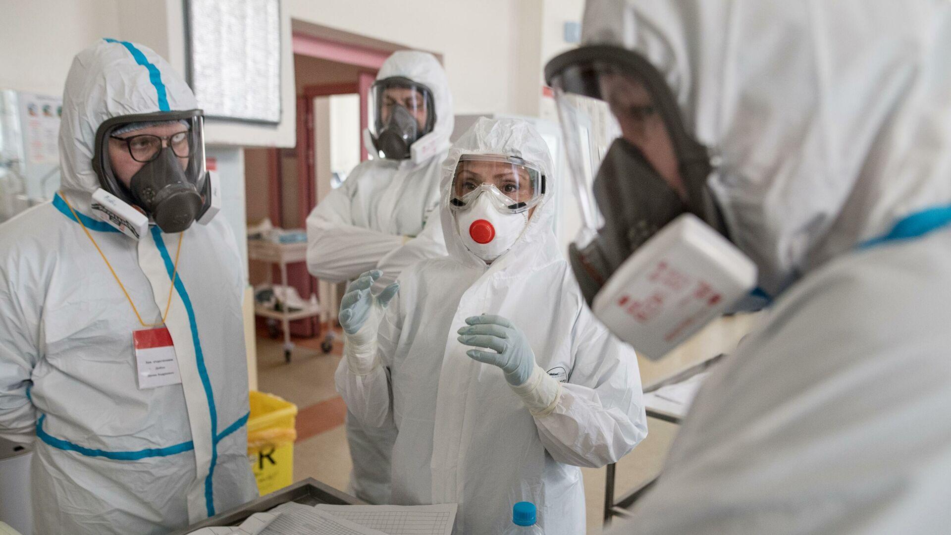 России предсказали еще три года напряженной борьбы с коронавирусом