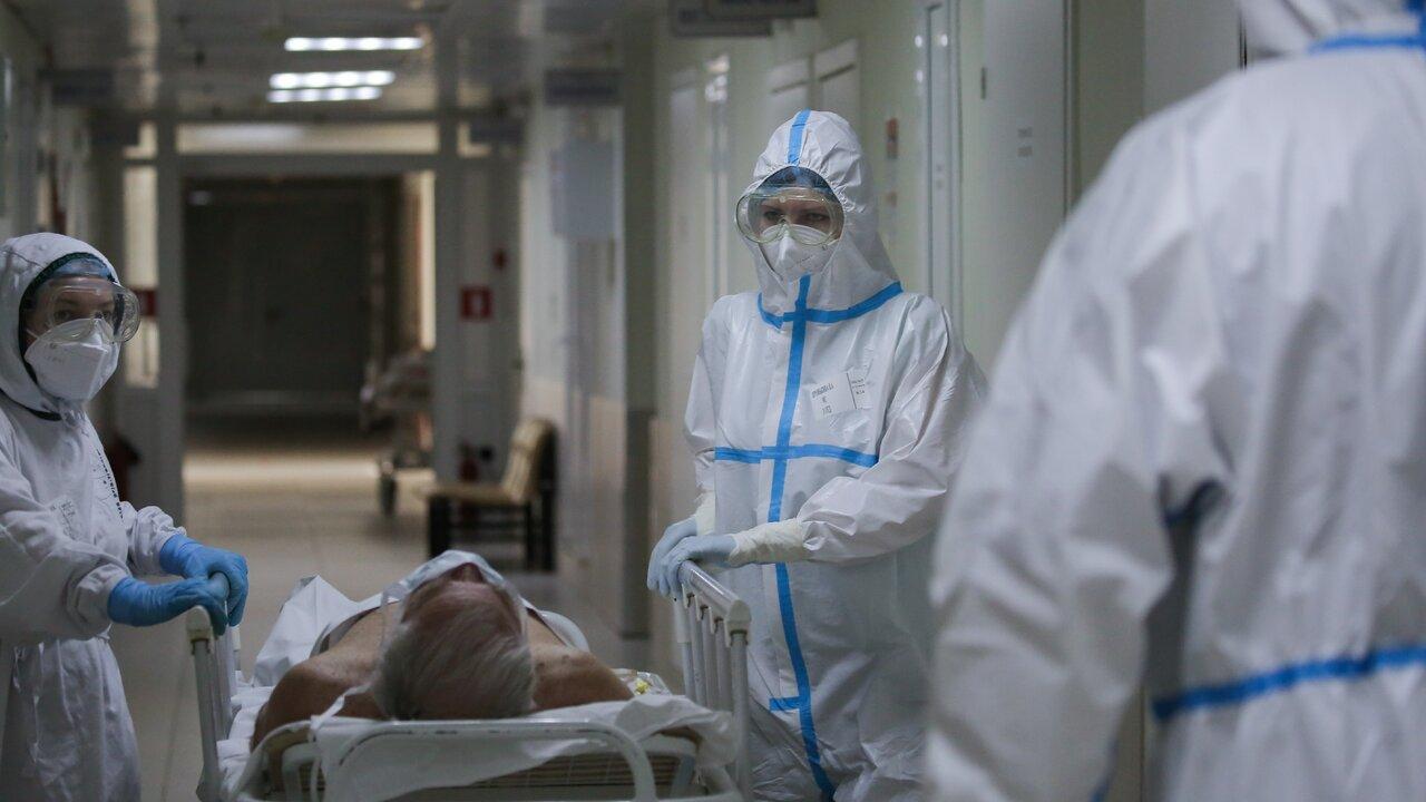 Инфекционист оценил вероятность повышения летальности коронавируса