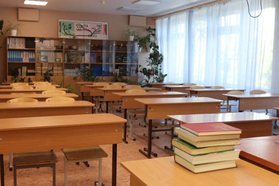 В Госдуме рассказали, за что не должны платить родители школьников