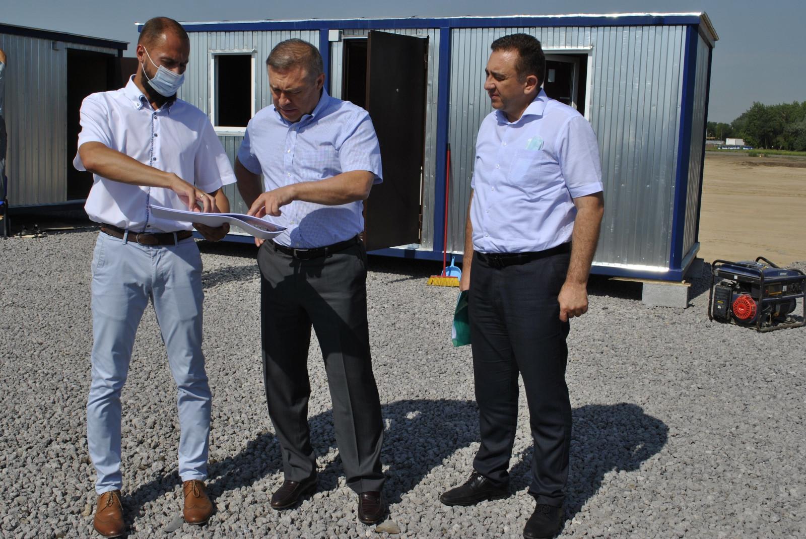 Донские власти и аксайские предприниматели обсудили варианты переноса торговой деятельности на новые площадки