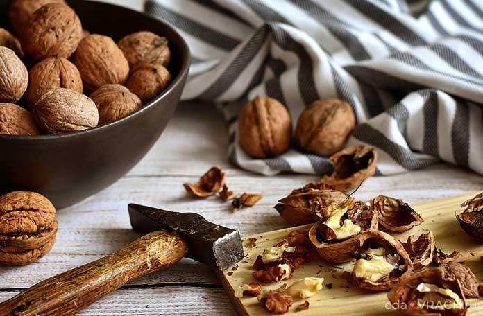 Врачи рассказали о пользе грецких орехов