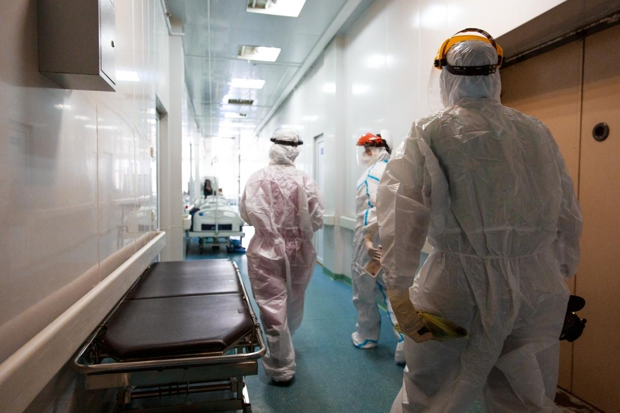 Математики обновили прогноз заболеваемости COVID в России в ноябре