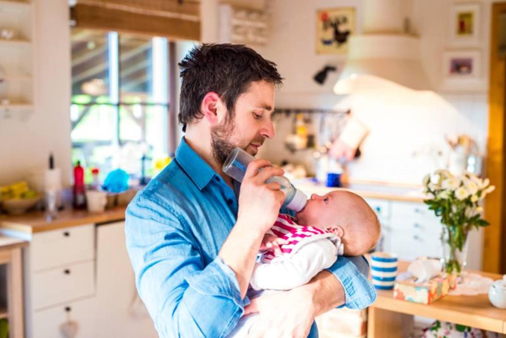 Получать маткапитал смогут отцы детей, рожденных от суррогатных матерей