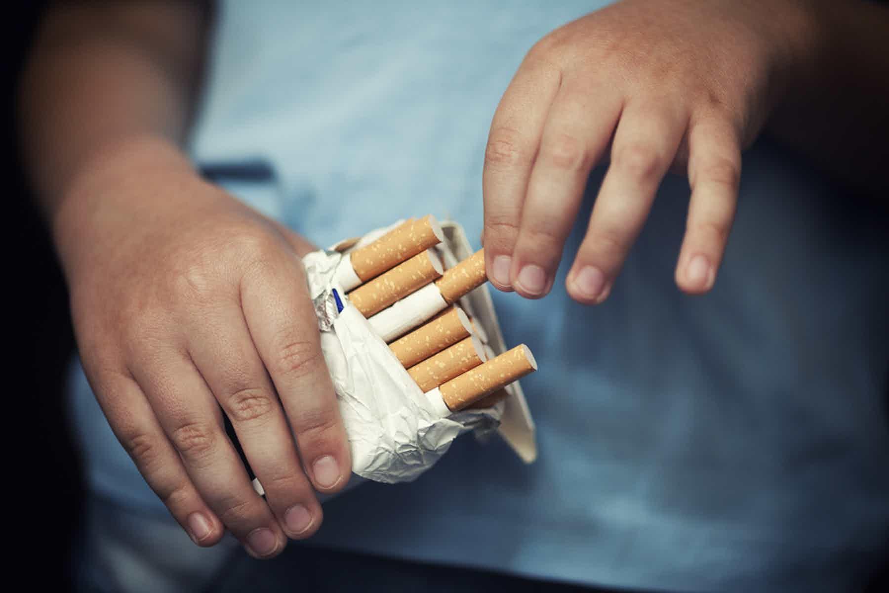 В России могут ввести запрет сдачи в аренду электронных сигарет несовершеннолетним