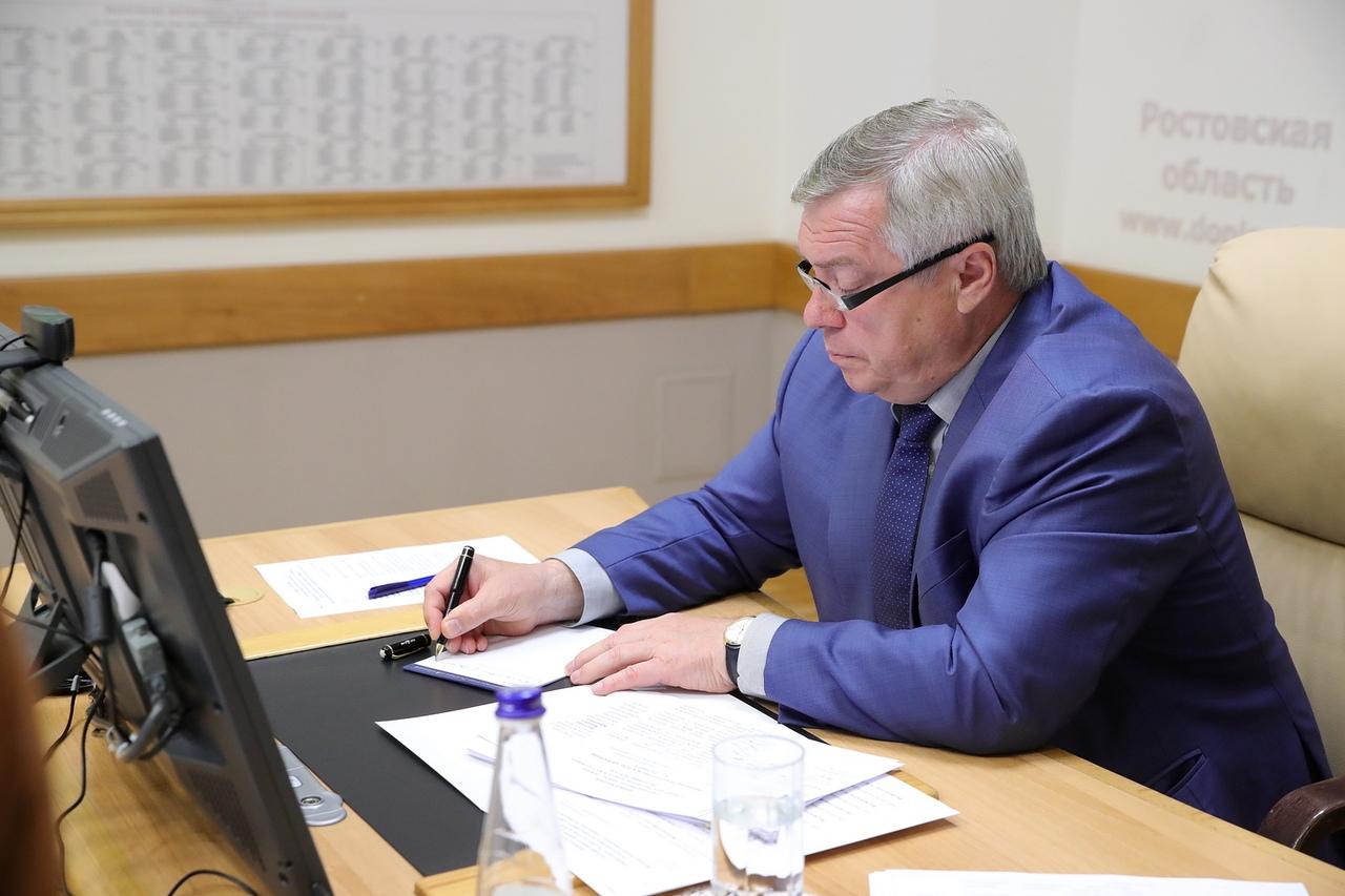 С 4 октября в Ростовской области вступили в силу коронавирусные ограничения